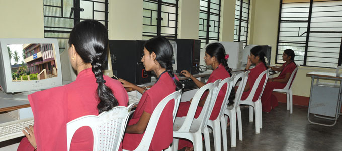 Well Equipped Computer Lab with Internet Facility